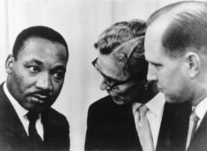 Martin Luther King valgte å besøke Holtekilen folkehøgskole på Stabekk da han mottok Nobels fredspris i 1964